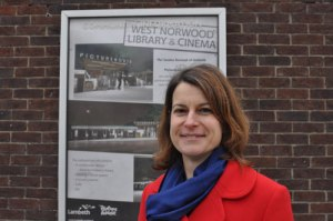 Helen Hayes outside the Cinema-Library site