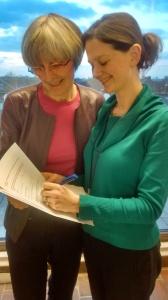 Cllr Edbrooke signs the Library/Cinema decision